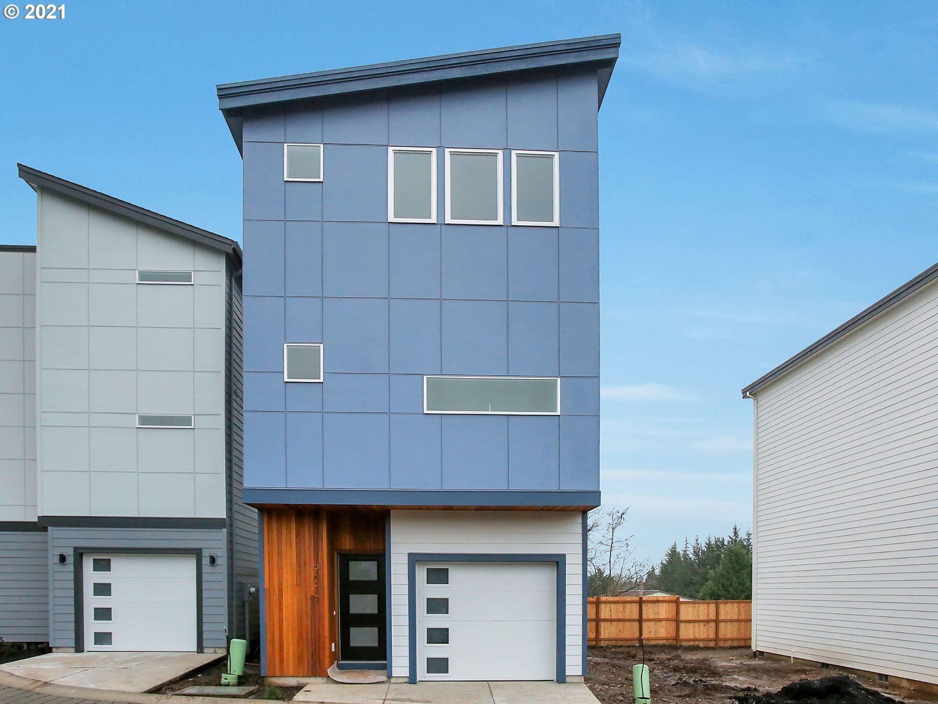 9017 NE Hoyt ST, Portland, OR 97220 - MLS#: 21184745