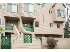 Photo of 2825 NW UPSHUR ST G #G, Portland, OR 97210 (MLS # 19339747)