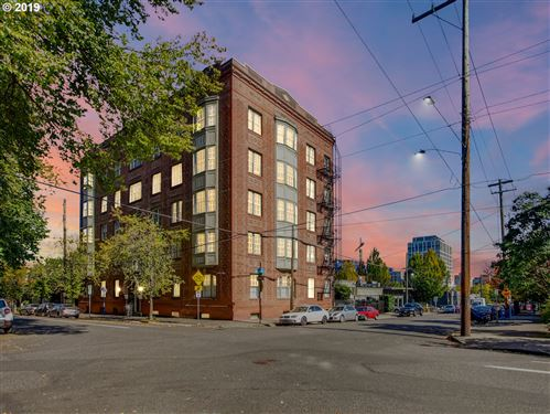 Photo of 410 NW 18TH AVE 103 #103, Portland, OR 97209 (MLS # 19467748)