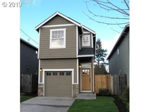 Photo of 8535 SE 89th AVE, Portland, OR 97266 (MLS # 19214750)