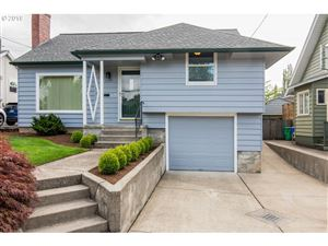 Photo of 2344 SE 59TH AVE, Portland, OR 97215 (MLS # 19647750)