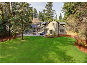 Photo of 01100 SW PALATINE HILL RD, Portland, OR 97219 (MLS # 19100752)