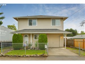 Photo of 4752 SE 104TH AVE, Portland, OR 97266 (MLS # 19596754)