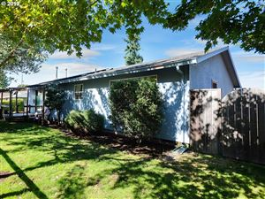 Photo of 5827 SE WOODWARD ST, Portland, OR 97206 (MLS # 19452758)
