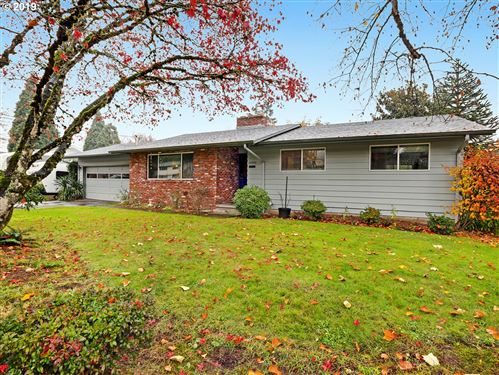 Photo of 14900 SW 98TH AVE, Tigard, OR 97224 (MLS # 19300761)