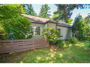 Photo of 1525 SE 139TH AVE, Portland, OR 97233 (MLS # 19202762)