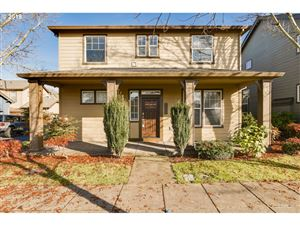 Photo of 9536 N DWIGHT AVE, Portland, OR 97203 (MLS # 19020763)