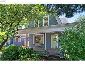 Photo of 2127 SE 34TH AVE, Portland, OR 97214 (MLS # 19149764)