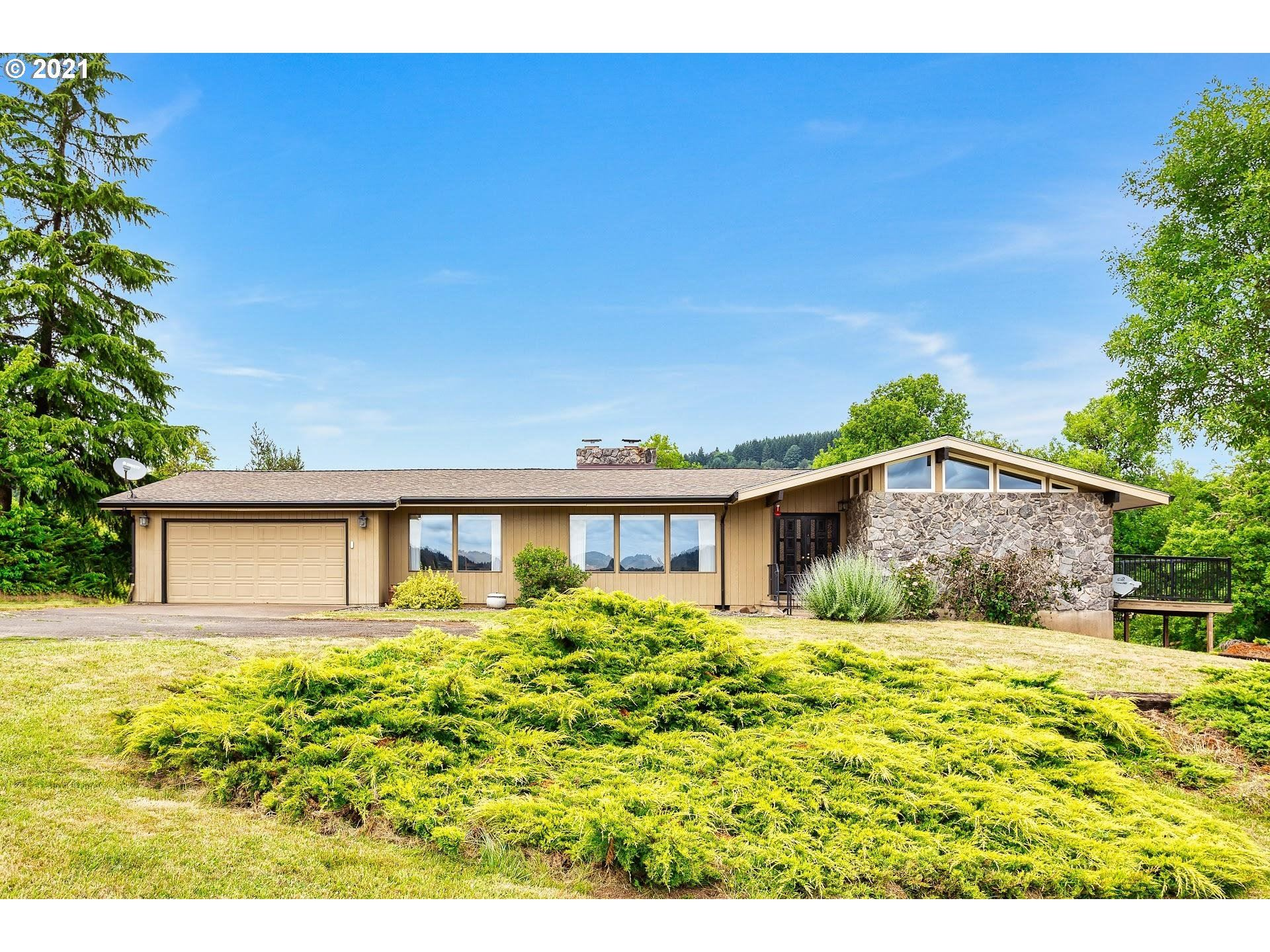 Photo of 26630 SW THOMSON MILL RD, Sheridan, OR 97378 (MLS # 21337767)