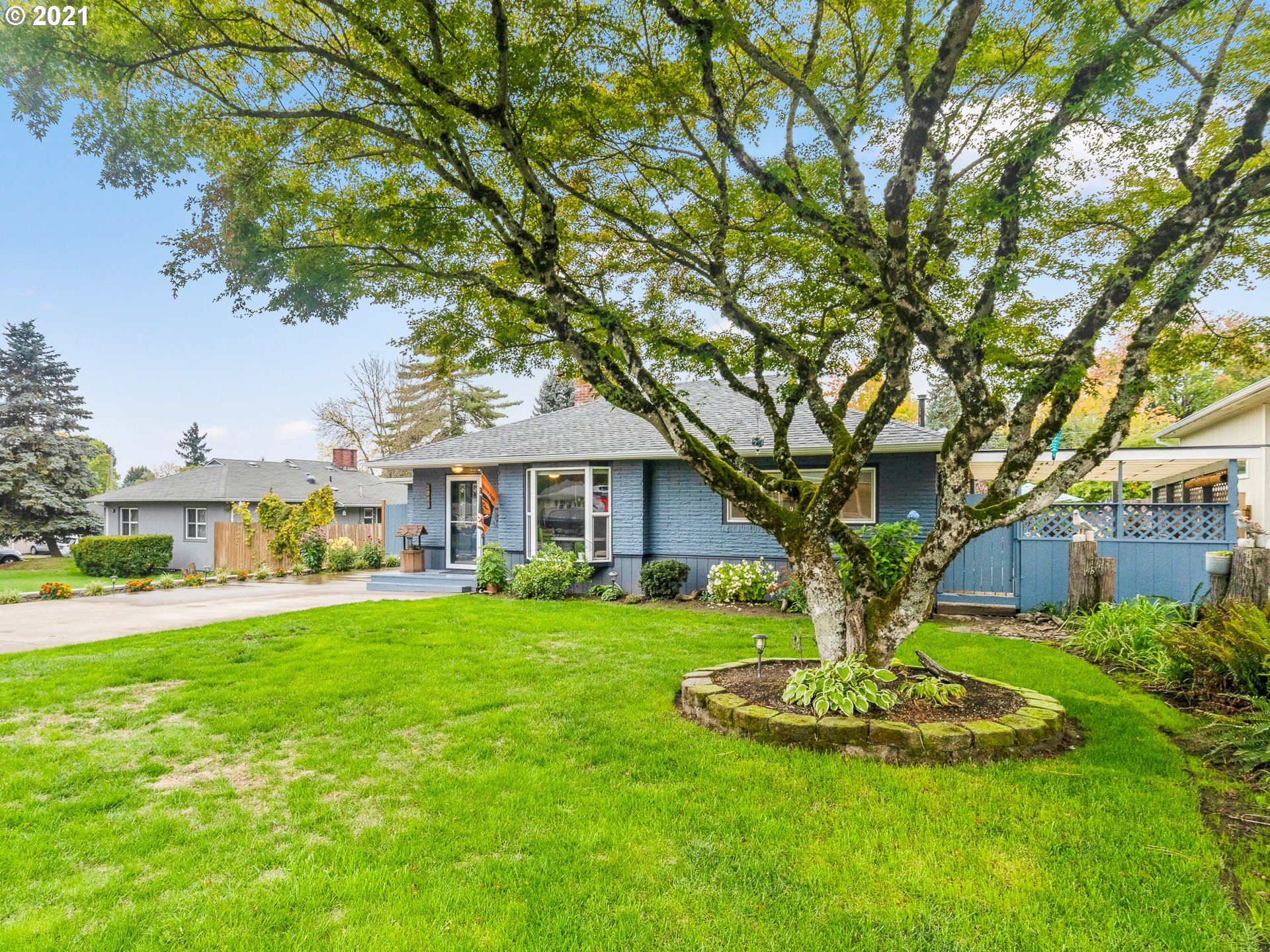Photo of 2985 SW 120TH AVE, Beaverton, OR 97005 (MLS # 21063768)