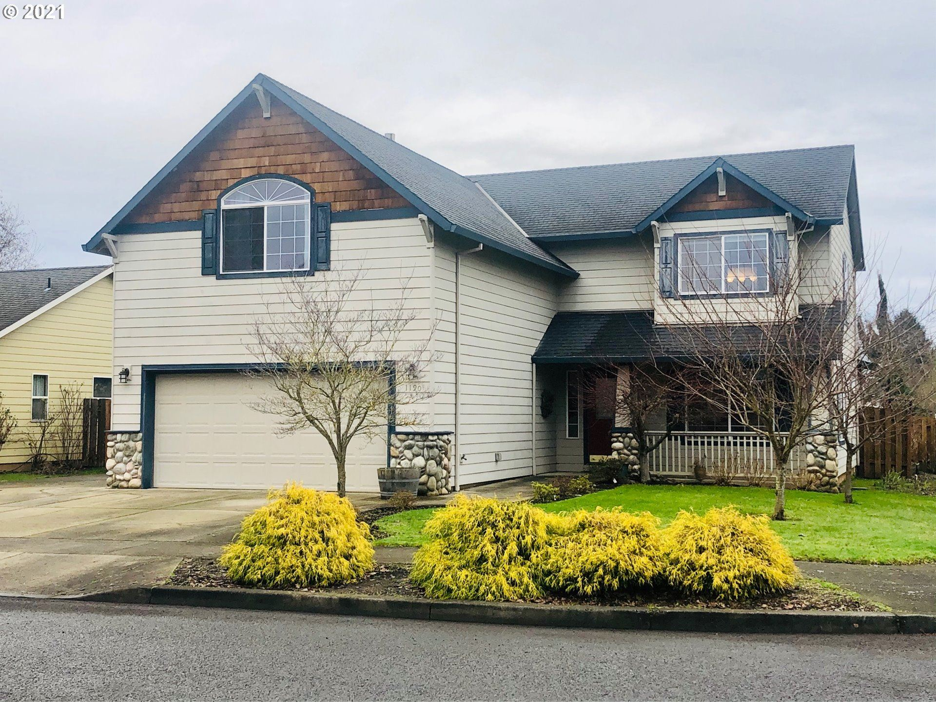 Photo for 1190 S SYCAMORE ST, Canby, OR 97013 (MLS # 20653769)
