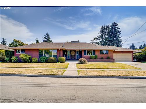 Photo of 7606 NE ALAMEDA ST, Portland, OR 97213 (MLS # 20568770)