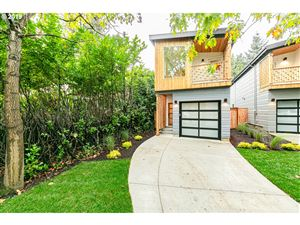 Photo of 7417 N NEWMAN AVE, Portland, OR 97203 (MLS # 19238772)