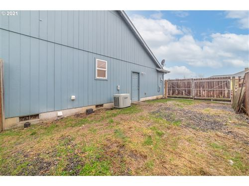 Tiny photo for 53 SANDALWOOD LOOP, Creswell, OR 97426 (MLS # 20644773)