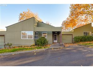 Photo of 17755 NW LAKEWAY CT, Beaverton, OR 97006 (MLS # 19548775)