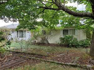 Photo of 1538 SE 77TH AVE, Portland, OR 97215 (MLS # 19570777)