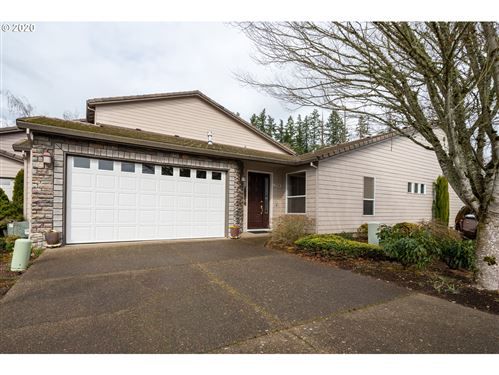 Photo of 1354 NW OAKMONT CT, McMinnville, OR 97128 (MLS # 20166784)