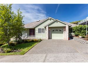 Photo of 9386 SE Dundee DR, Happy Valley, OR 97086 (MLS # 19396787)