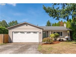 Photo of 18227 SE MILL ST, Portland, OR 97233 (MLS # 19284791)