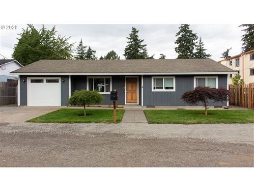 Photo of 2325 SE 159TH AVE, Portland, OR 97233 (MLS # 20248791)