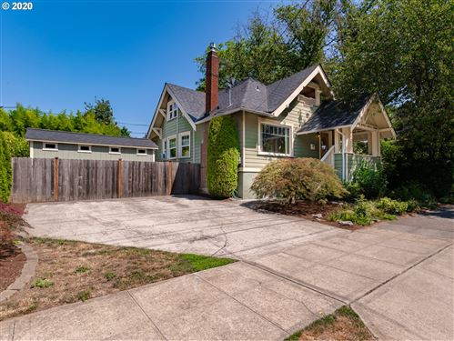 Photo of 3137 SE YAMHILL ST, Portland, OR 97214 (MLS # 20671791)