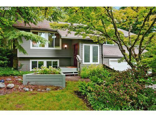 Photo of 9795 SW WASHINGTON ST, Portland, OR 97225 (MLS # 21073791)