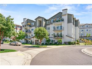 Photo of 580 NW LOST SPRINGS TER 304 #304, Portland, OR 97229 (MLS # 19237793)