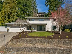 Photo of 9245 SW PANORAMA PL, Portland, OR 97225 (MLS # 19370793)