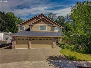 Photo of 3246 NE ZACHARY DR, McMinnville, OR 97128 (MLS # 19597795)