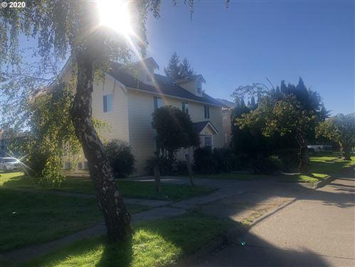 Photo of 3143 DOVER ST, Longview, WA 98632 (MLS # 20695798)