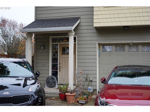 Photo of 3812 SE 102ND AVE, Portland, OR 97266 (MLS # 19492800)