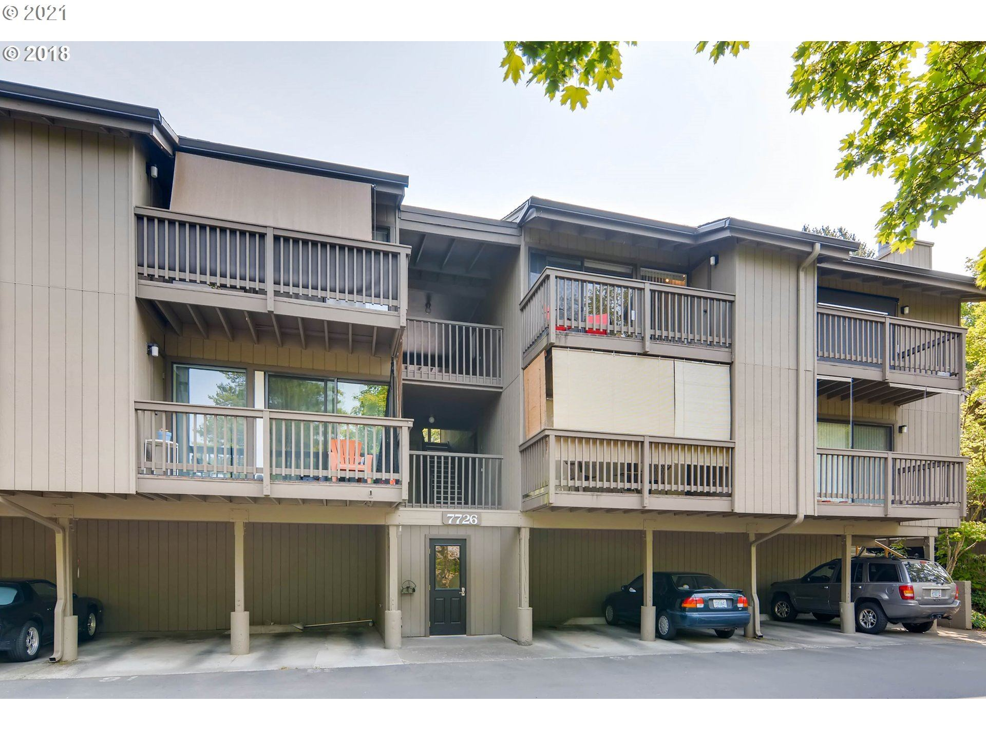 7726 SW BARNES RD #B, Portland, OR 97225 - MLS#: 21511802