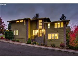 Photo of 7621 SE 119TH DR, Portland, OR 97266 (MLS # 19258803)