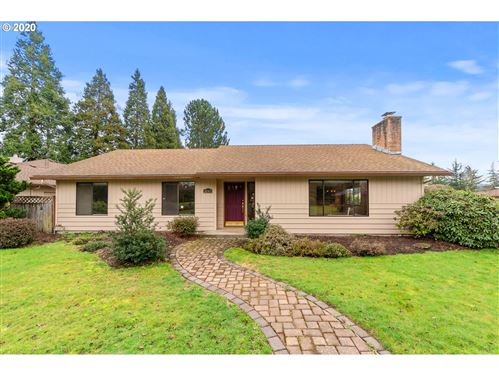 Photo of 2045 NW DORAL ST, McMinnville, OR 97128 (MLS # 20308803)