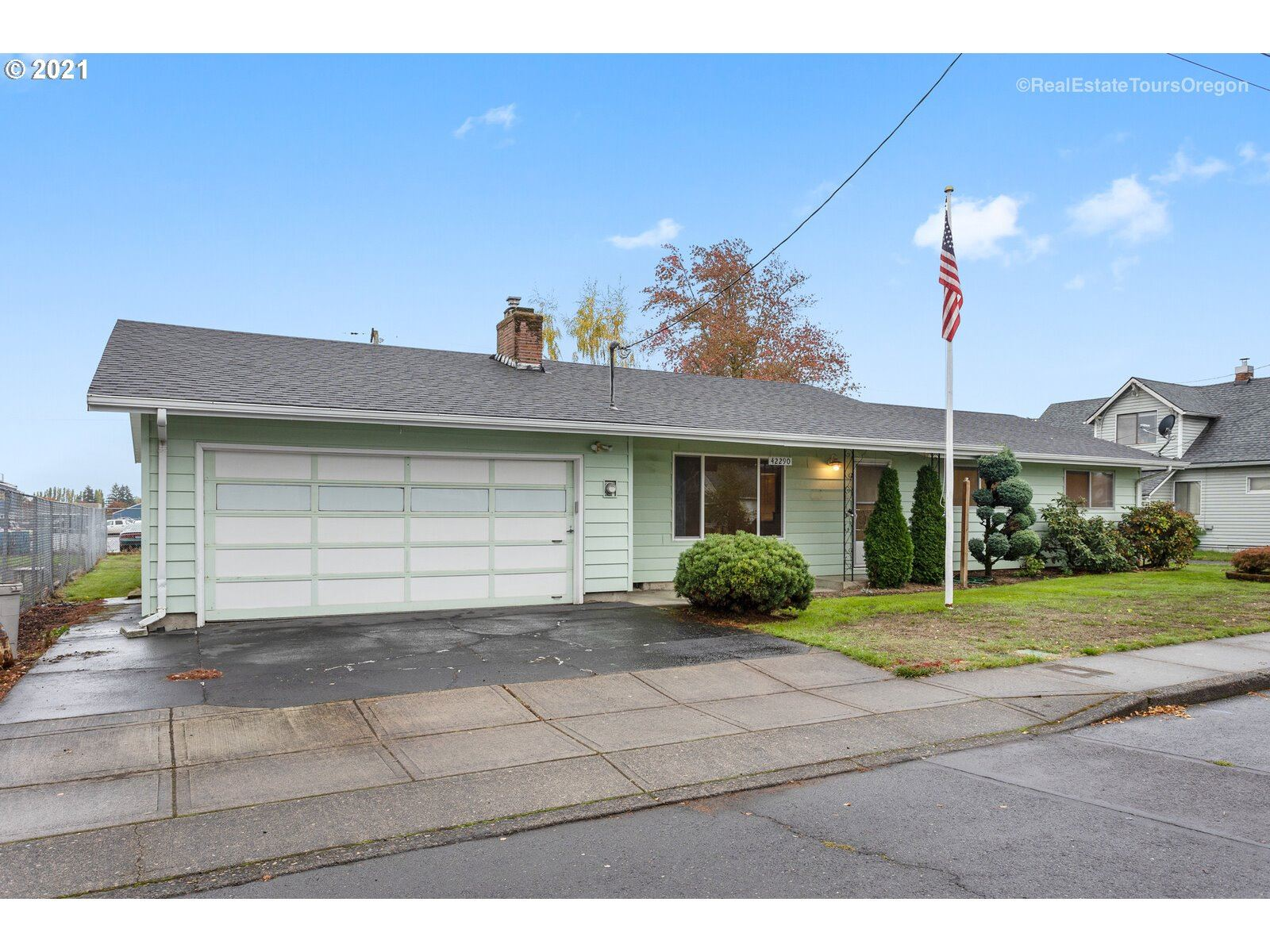 Photo of 42290 NW WILKES ST, Banks, OR 97106 (MLS # 21495805)
