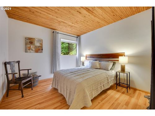 Tiny photo for 1401 SW HIGHLAND RD, Portland, OR 97221 (MLS # 21438806)