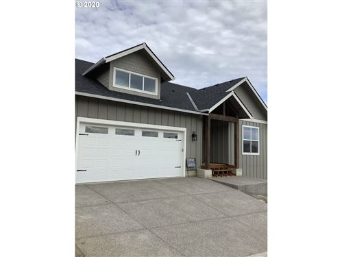 Photo of 154 NW CANYON CREEK DR, McMinnville, OR 97128 (MLS # 19093807)
