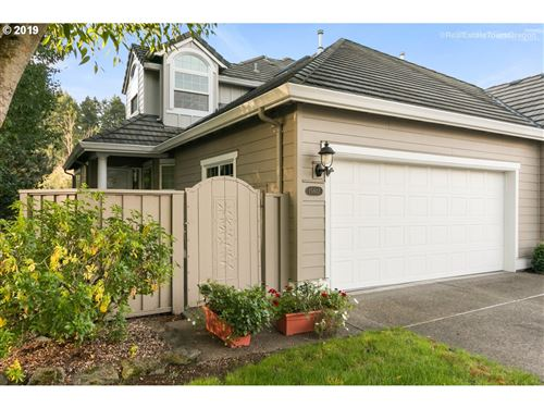 Photo of 15612 NW CLUBHOUSE DR, Portland, OR 97229 (MLS # 19289808)