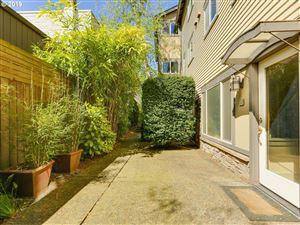 Photo of 828 SE 27TH AVE 8 #8, Portland, OR 97214 (MLS # 19383808)