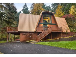 Photo of 18602 UPPER MIDHILL DR, West Linn, OR 97068 (MLS # 19428813)