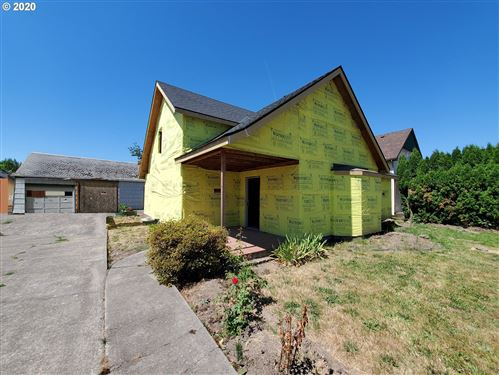 Photo of 823 NE LAFAYETTE AVE, McMinnville, OR 97128 (MLS # 20161813)