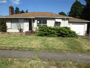 Photo of 4510 SE 99TH AVE, Portland, OR 97266 (MLS # 19537814)