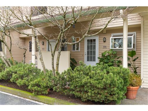 Photo of 623 N HAYDEN BAY DR, Portland, OR 97217 (MLS # 20018814)