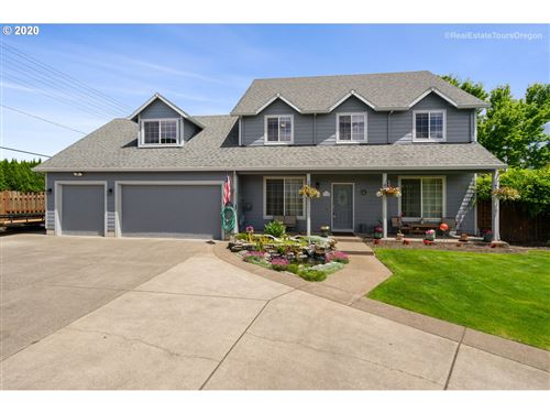 Photo of 2390 NW GRENFELL LOOP, McMinnville, OR 97128 (MLS # 20483814)