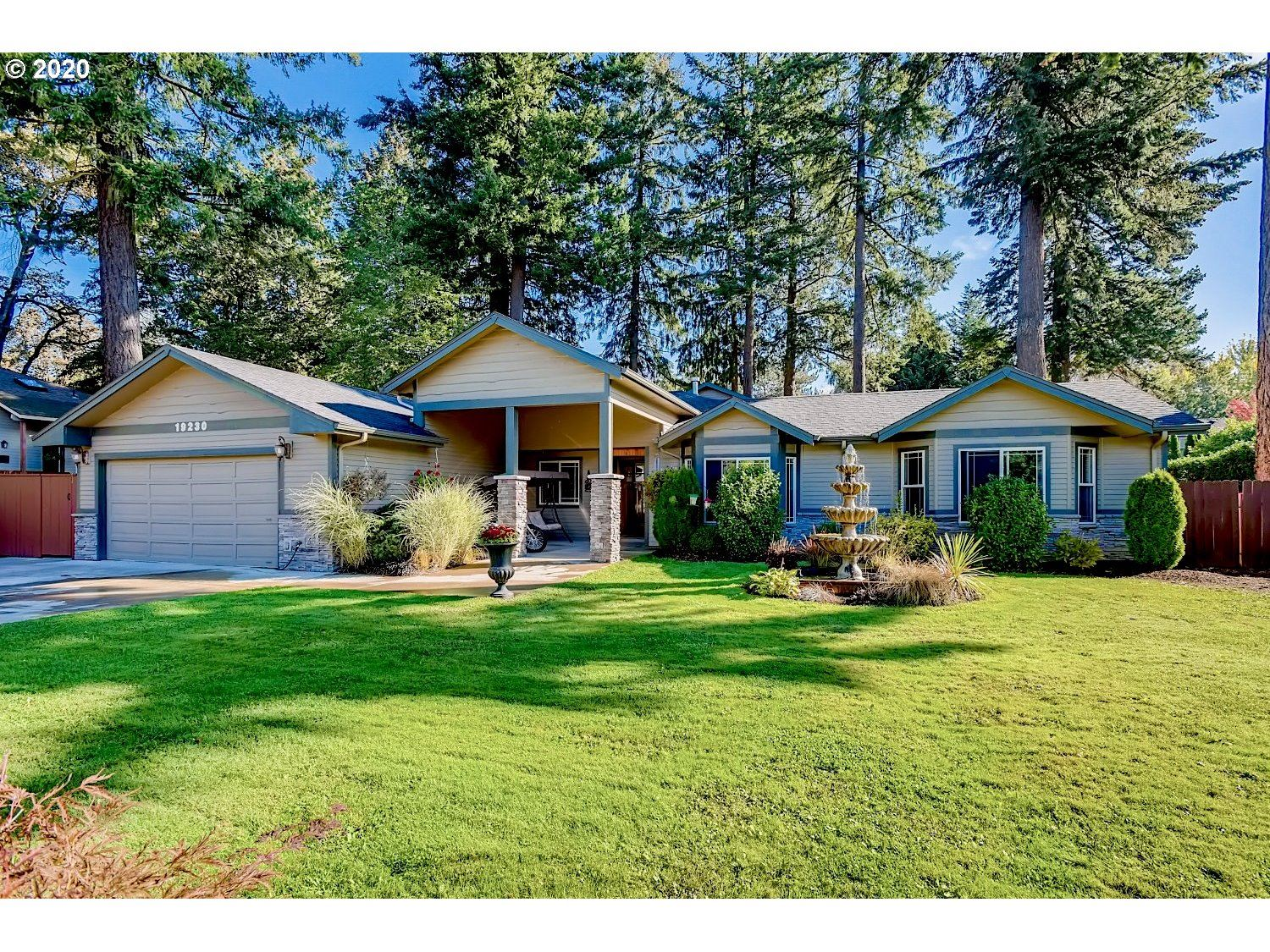 Photo for 19230 BRYANT RD, Lake Oswego, OR 97034 (MLS # 20315818)