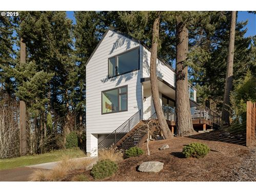 Photo of 9426 SW 47TH AVE, Portland, OR 97219 (MLS # 19551825)