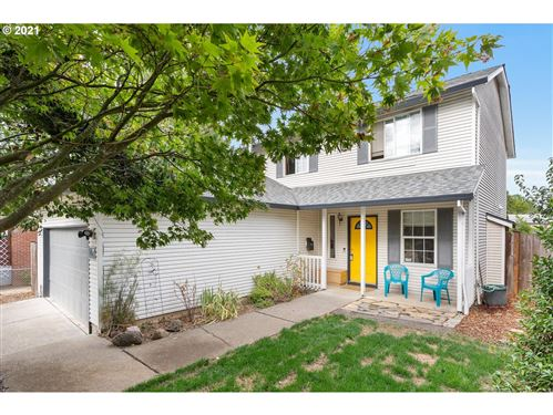 Photo of 98 SE 75TH AVE, Portland, OR 97215 (MLS # 21539825)