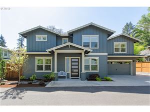 Photo of 5332 LOWER DR, Lake Oswego, OR 97035 (MLS # 19090826)