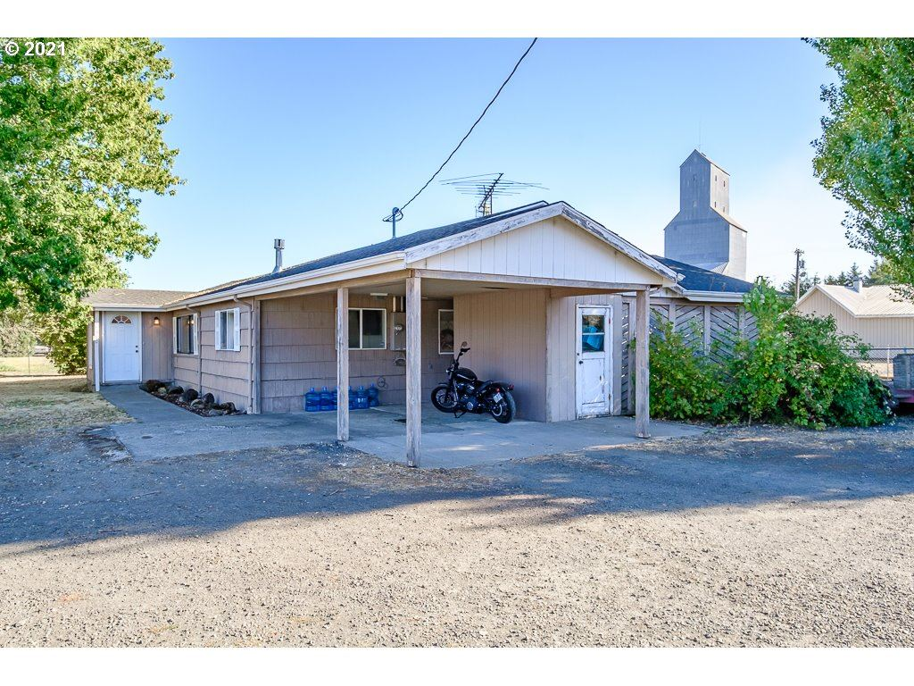 Photo of 7370 D ST RICKREALL OR 97, Rickreall, OR 97371 (MLS # 21600826)