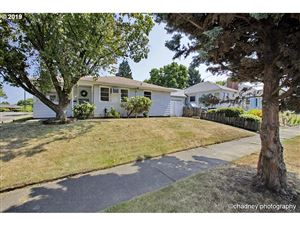 Photo of 6936 NE 22ND AVE, Portland, OR 97211 (MLS # 19566828)